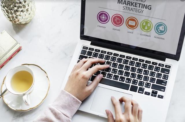 Lebih Baik Blogwalking atau Membalas Komentar di Blog Anda Sendiri?