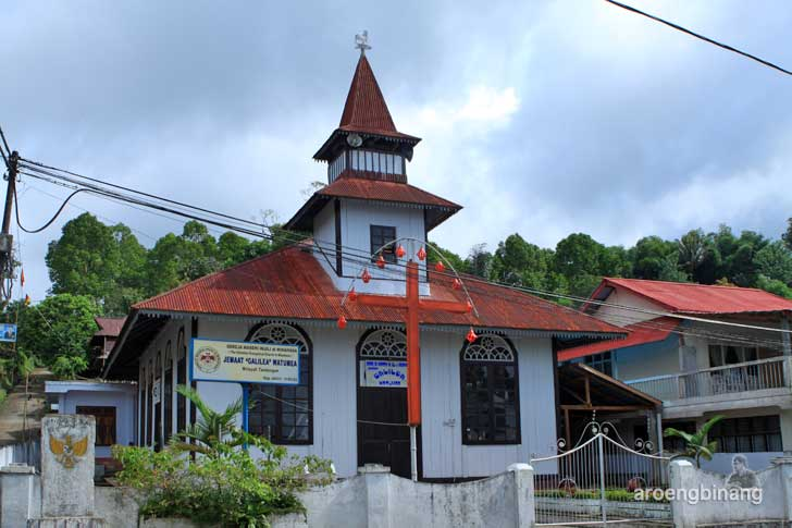 gereja tua gmim galilea watumea minahasa sulawesi utara