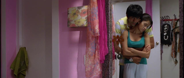 Pyaar Ka Punchnama movie hot stills