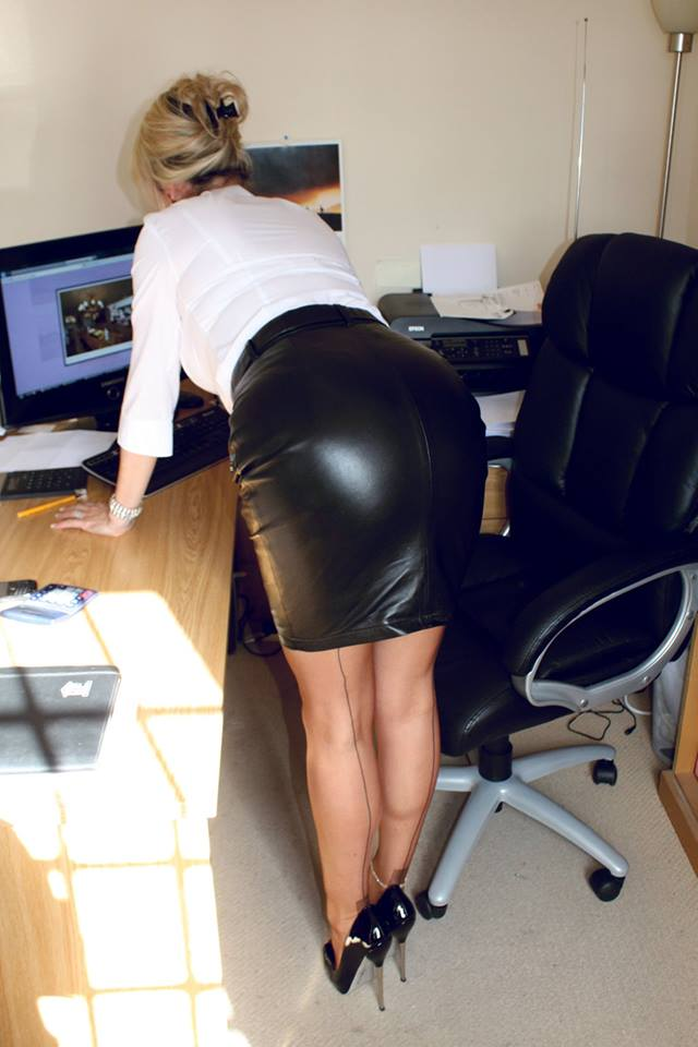 Black Booty Office Porn