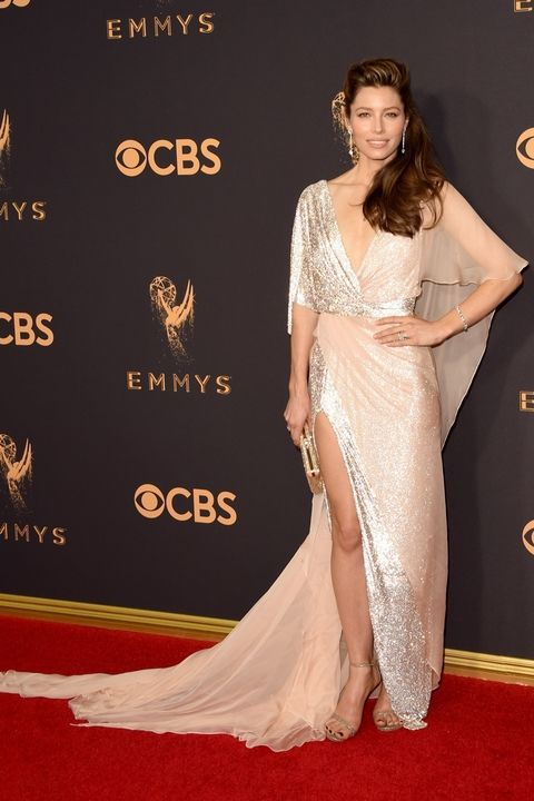Best Dress on the 2017 Emmy\'s Red Carpet - Lefty Living Life