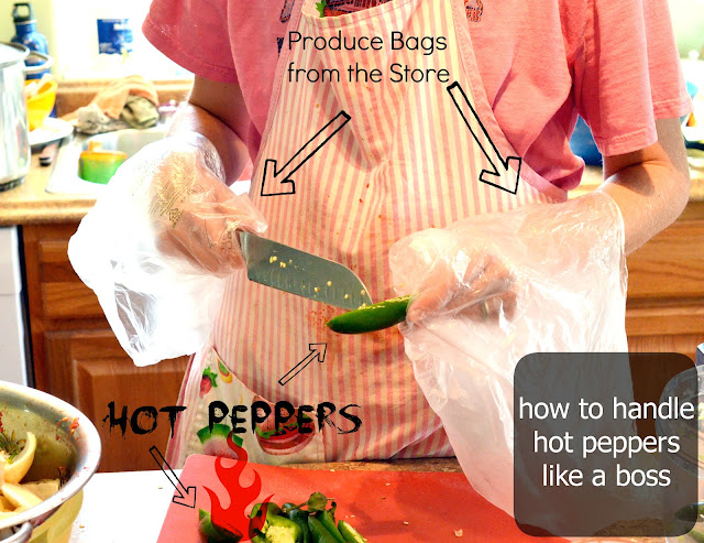 how to cut hot peppers, why hot pepper hurt, hot peppers sting hands