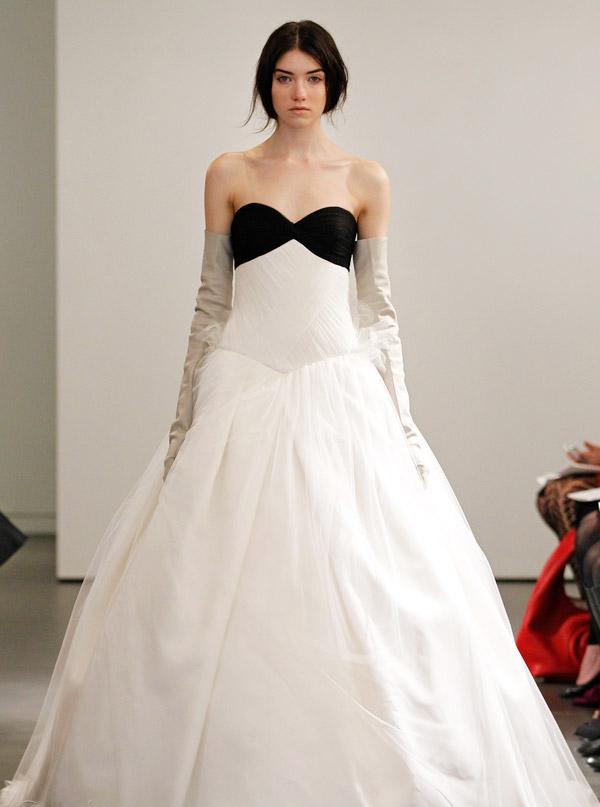 cheap wedding gowns online blog black white vera wang 2014 wedding dresses collection. Black Bedroom Furniture Sets. Home Design Ideas