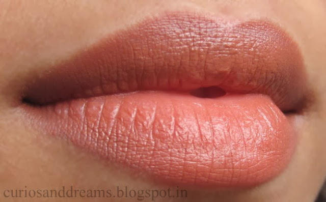 Lakme 9 to 5 Lipstick Coffee Command review, lakme coffee command swatch