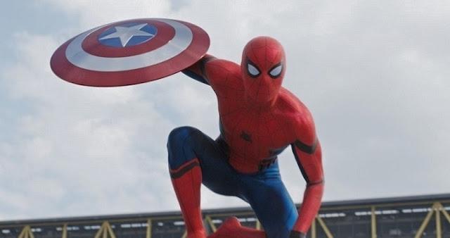 Chadwick Boseman elogia a Holland como Spider-Man