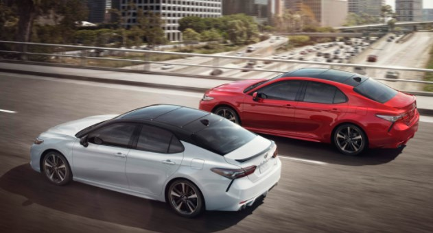 2019 Toyota Camry Hybrid SE MPG & Gas Mileage Data