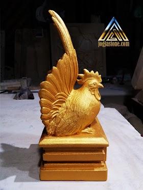 Patung ayam kate