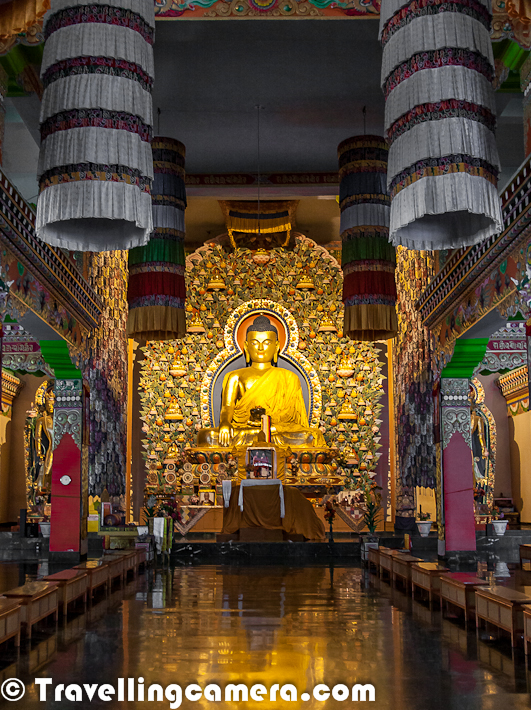 A closer look at huge statue of Budha @ Dzongsar Khyentse Rinpoche Institute. It located on the way from Baijnath to Jogindernagar. It's actually located at a small town named as 'Chauntra'. Hardly 2 kilometers from main highway which connects Dharmshala with Mandi/Kullu.