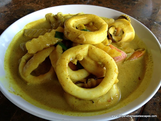 calamares Alona Tropical_Beach Resort's restaurant Bohol