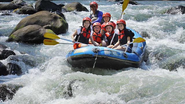 Wisata Arung Jeram di Sungai Elo Di Magelang