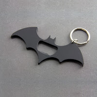 https://www.cadeauxfolies.fr/multi-outils-batman