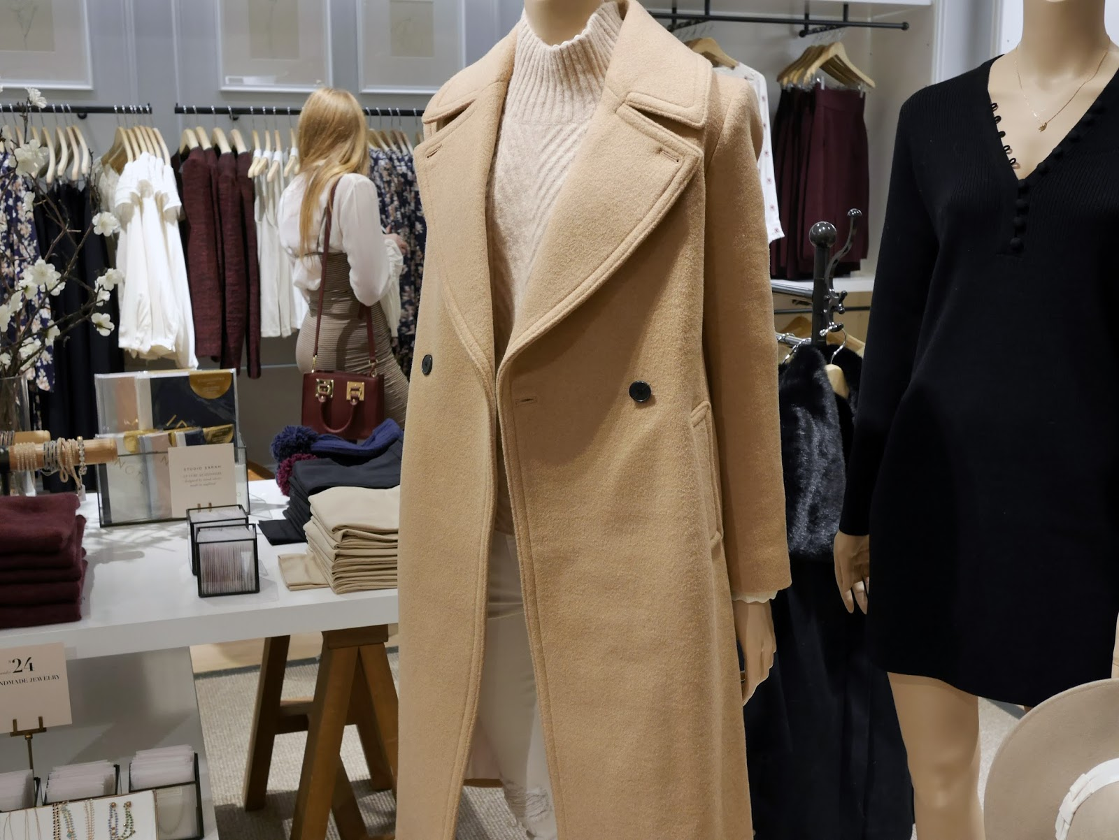 Club Monaco Rideau Centre Fall Winter 2016 collection