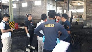 Tim Labfor Polda Jatim Selidiki Kebakaran Pabrik PT TRI TUNGGAL LAKSANA
