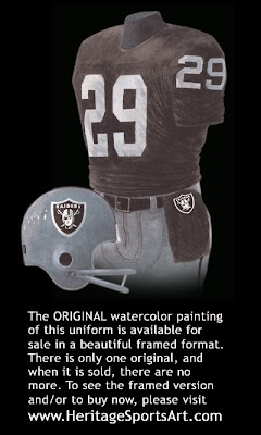 Los Angeles Raiders 1983 uniform - Oakland Raiders 1983 uniform