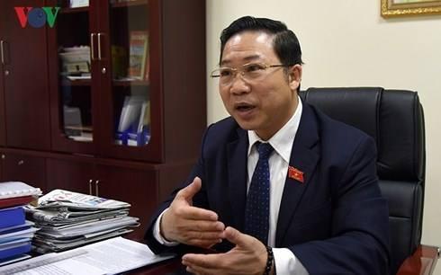 """Ts luật, ĐBQH Lưu Bình Nhưỡng: """"Người ta phạt tài xế container 6 năm tù về tội gì?"""""""