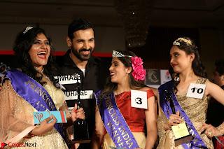 John Aham, Bhagyashree, Subhash Ghai and Amyra Dastur Attends Princess India 2016 17 029.JPG