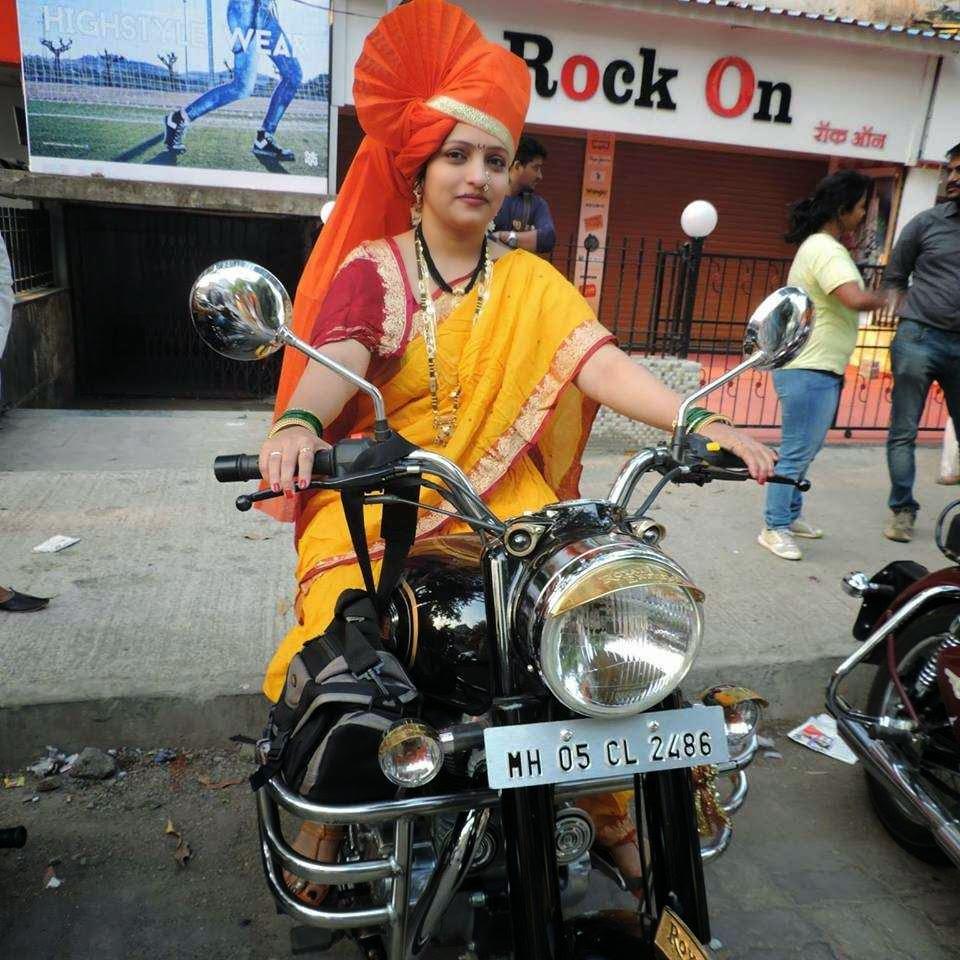 IndiaGirlsOnBike - Women Empowerment Of India: indian lady
