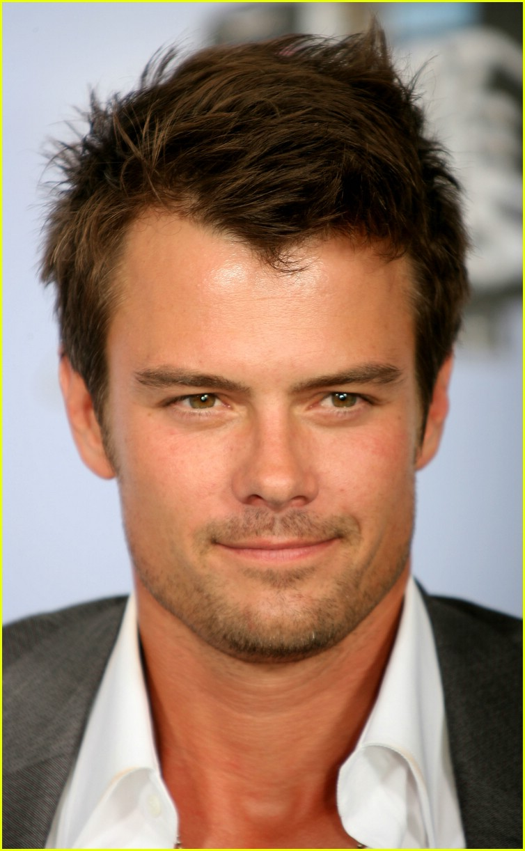 Classify Handsome Josh Duhamel and in which countries he ...