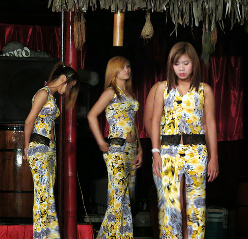Yangon nightlife girls (1)