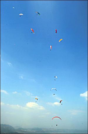 Pra Piala Dunia Paralayang, Batudua, Sumedang (batudua.jatarupa.com)