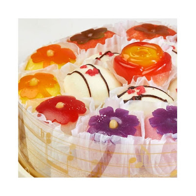 Hwagwaja atau Flower Cake Kenyal