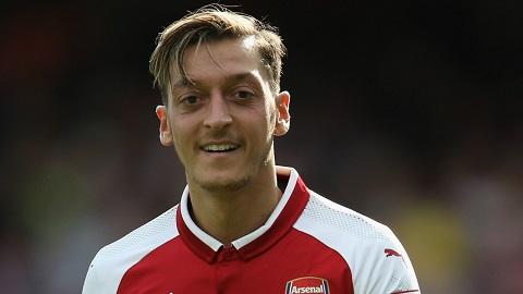Mesut Ozil là cầu thủ được đánh giá là toàn diện về kỹ năng