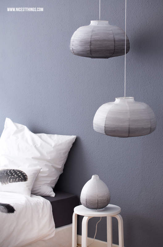 DIY Ombre Papier Lampenschirm aus Ikea Papierlampe selber machen DipDye #diy #ombre #dipdye #lampenschirm #ikea #ikeahack #diyleuchte #papierlampe