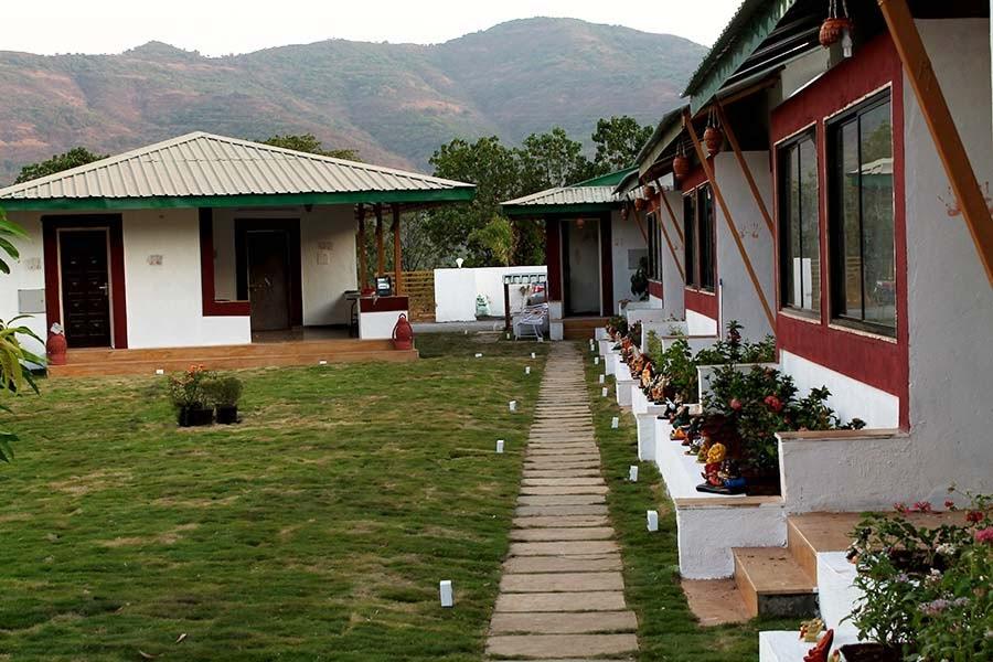 mulshi resorts