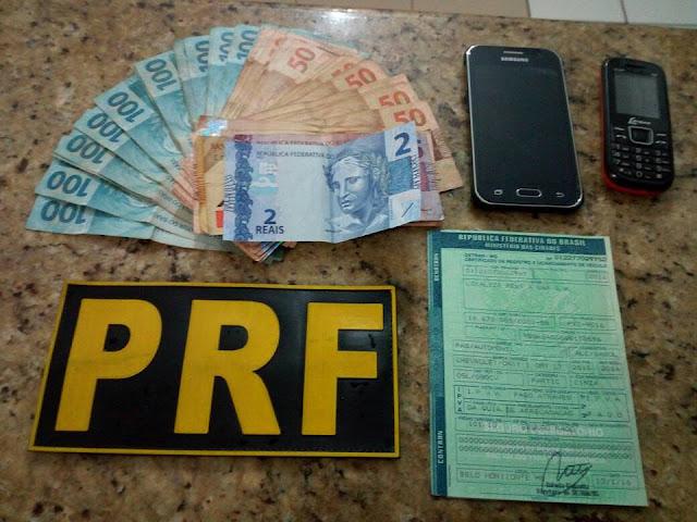 PRF recupera automóvel e prende um homem por receptação em Barra do Turvo