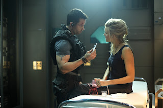 Lockout 2012 sci-fi action movie Guy Pearce Maggie Grace
