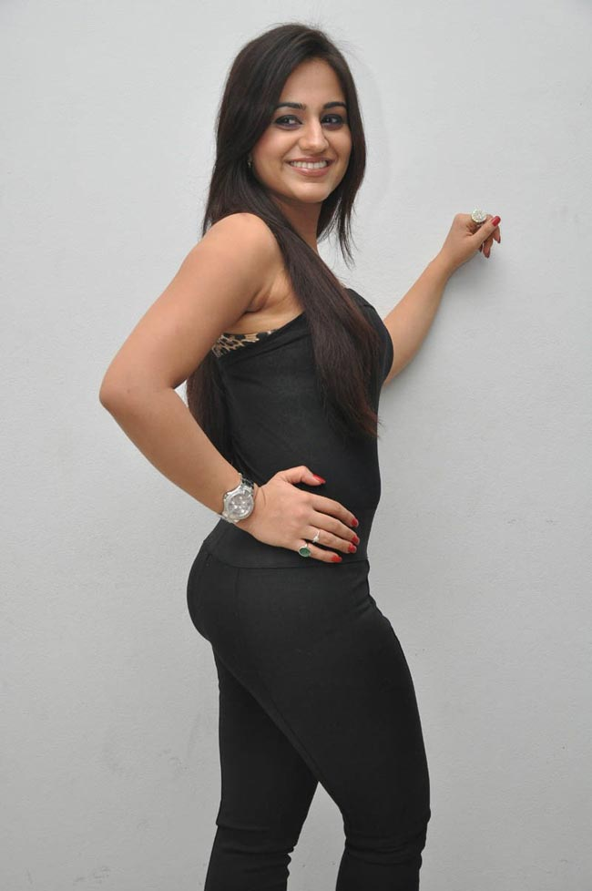 Aksha latest hot show
