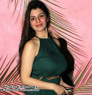hot-aur-spicy-kayenat-arora