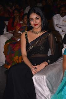 Riddhi Kumar 2