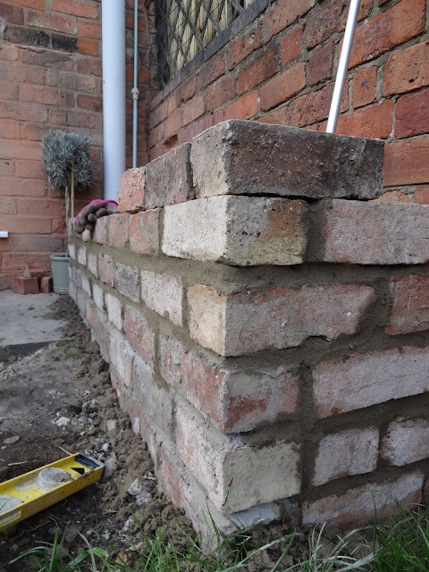 building a brick raised bed