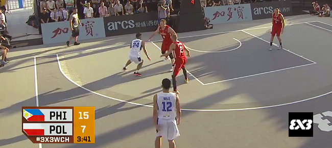 Glenn Khobuntin's NASTY Spin Move vs Poland (VIDEO)