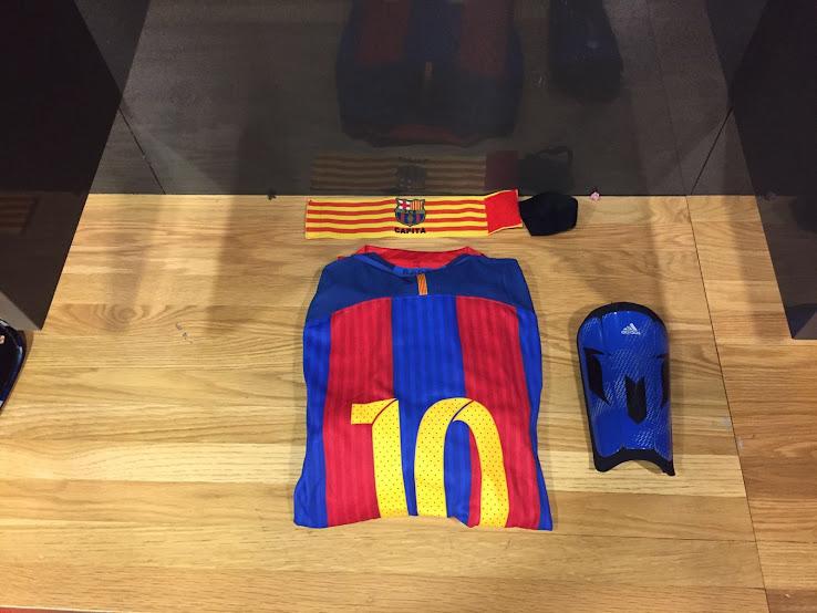 amazing selection later low priced Messi erhält neue getarnte 2016-17 Adidas-Schienbeinschoner ...
