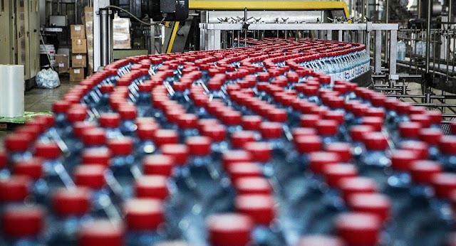Embotelladores de agua mineral evitaron millones en impuestos
