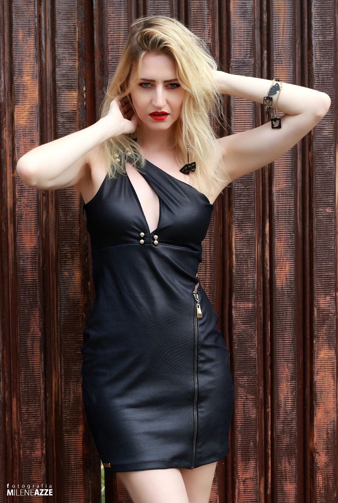 Musica skank vestido preto