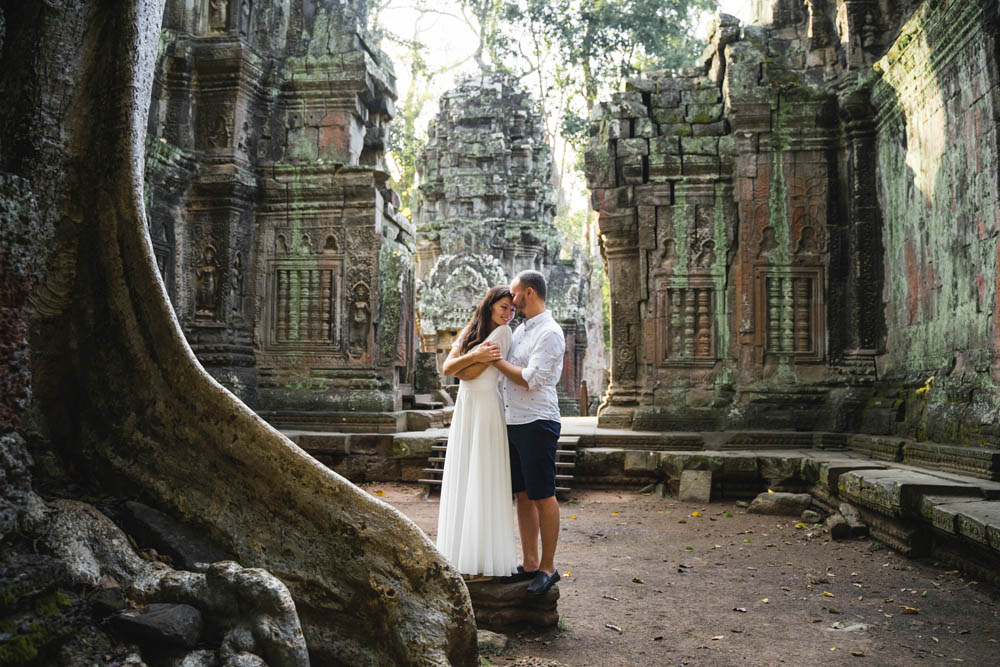 Couple Wedding in Angkor