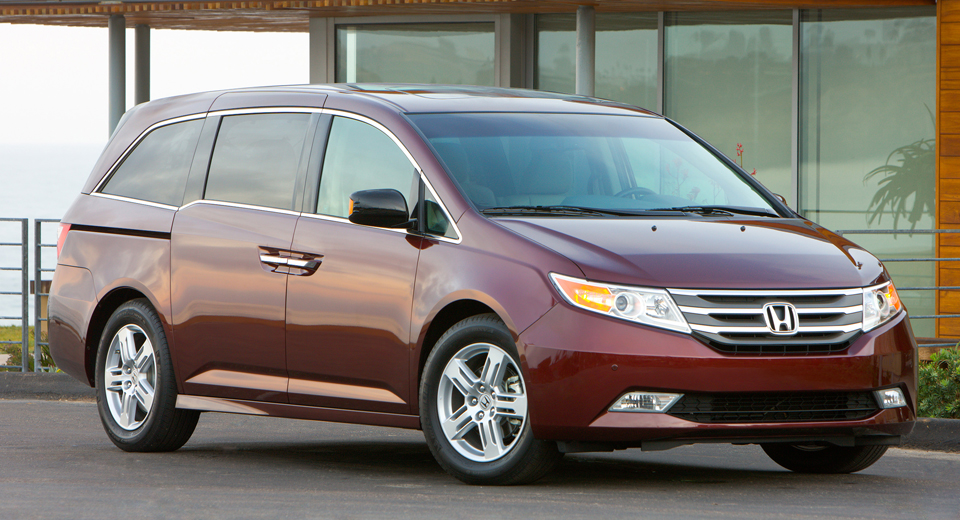 honda recalls 633 753 odyssey minivans over second row. Black Bedroom Furniture Sets. Home Design Ideas