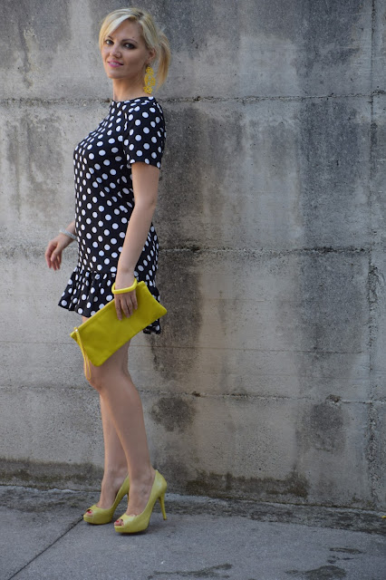 abbinamento giallo e nero come abbinare il giallo e nero black and yellow how to wear black and yellow mariafelicia magno fashion blogger color block by felym  blogger italiane di moda pois