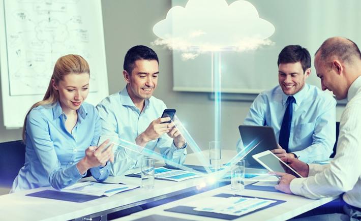Se prevé que el gasto global en servicios de nubes públicas alcance los 367 mil millones de dólares (mmdd) en 2020. (Foto: Cortesía)
