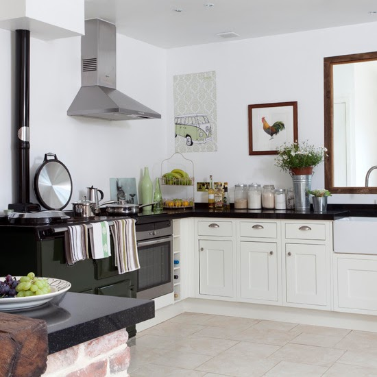 Country White Kitchen Cabinets: Kitchens And More Kitchens