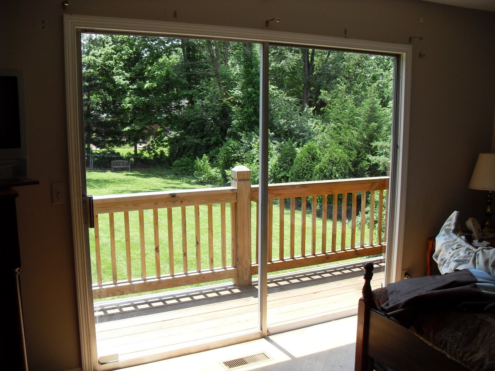 Louisville Blinds and Drapery: Patio Door Shades