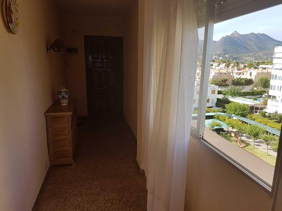 apartamento en alquiler calle les barraques benicasim pasillo