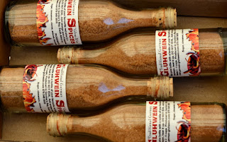 4 Cute German Gluhwein Spices in a bottle - 4 Cute German Gluehwein Spices in a bottle
