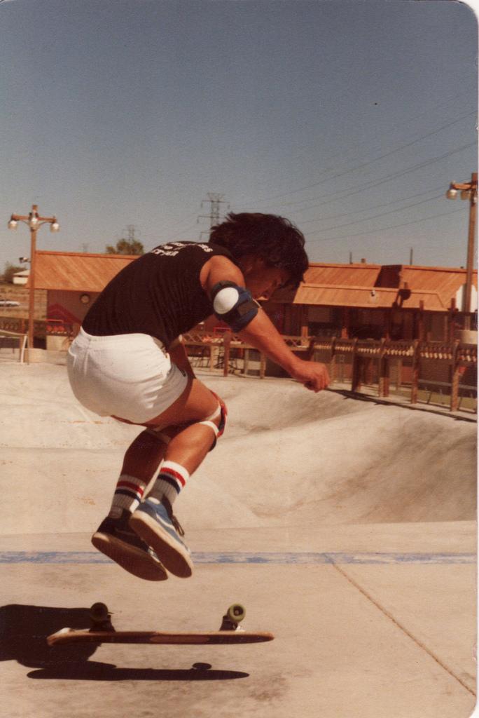 30 Fantastic Skateboarding Shots Mrom The Mid 1970s