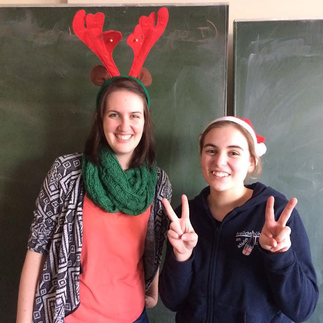 Frau Schäfer und Franziska Weber die eigentlich nicht auf das Bild gehört.