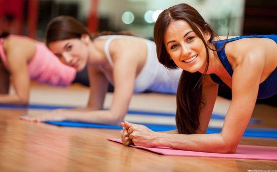Aerobic sẽ kết hợp nhiều động tác vận động tốt cho cơ thể