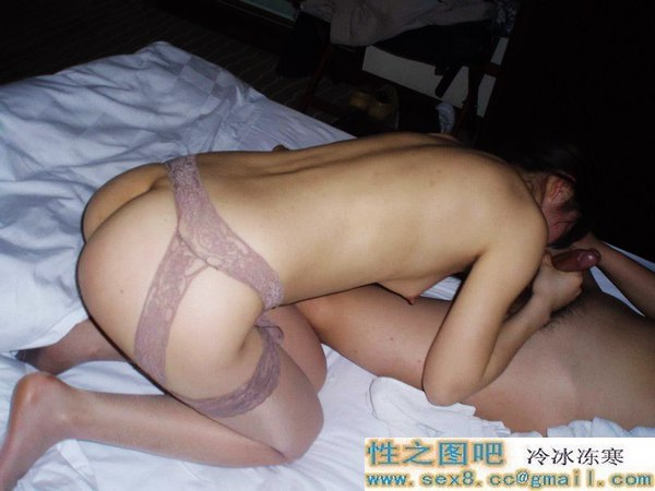 Lovely Chinese wife's Fantastic sex photos leaked (45pix)